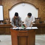 Unisnu Jepara Terima Hibah dari PT. Bhumi Jati Power dan PT. Central Java Power
