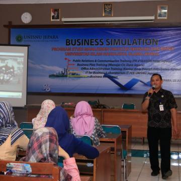 Libur Semester, Mahasiswa FEB Lakukan Simulasi Bisnis