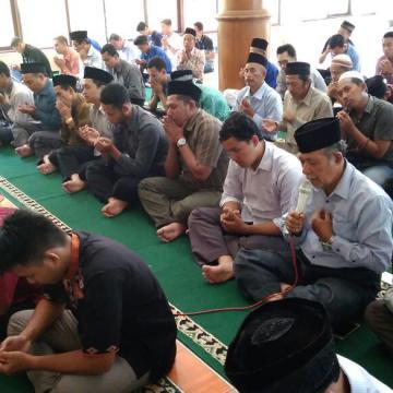 Khataman Quran untuk Mbah Ali Irfan