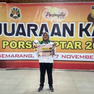 Mahasiswi Unisnu Raih Medali Emas Karate di Porsimaptar XVIII