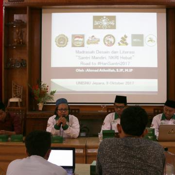 Sambut Hari Santri Nasional, Unisnu Menggelar Madrasah Desain dan Literasi