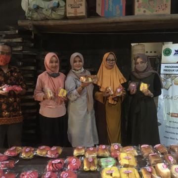Pelatihan Inovasi Produk Roti untuk Mempertahankan Produk Unggulan Jepara
