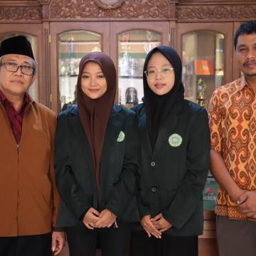 Unisnu Kirim Dua Mahasiswanya Ke Brunei dan Thailand