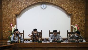 Prof. Mohammad Nuh: Unisnu Bridge To The Future
