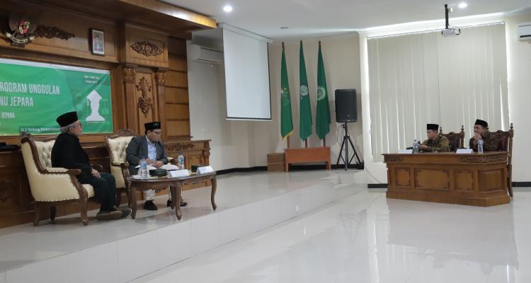 Cetak Sejarah Baru, Pemilihan Rektor Unisnu Jepara Dilaksanakan Secara Terbuka