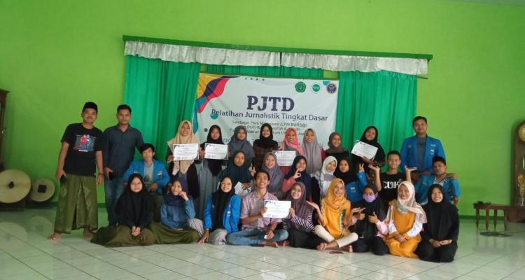 LPM Bursa Bangun Daya Kritis Mahasiswa di Dunia Literasi Melalui Pelatihan Jurnalistik